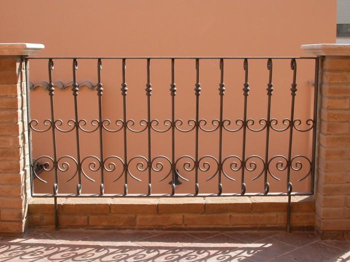 Bien connu Infissi in ferro battuto Cagliari | Picciau Centro Carpenteria  MG51